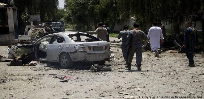 Al menos 17 muertos tras atentado con coche bomba en Afganistán