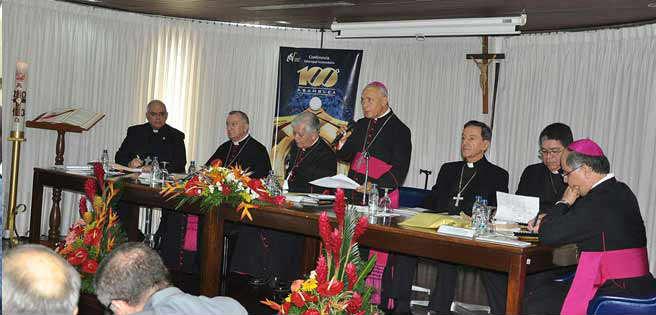 Arzobispo monseñor Roberto Lückert: Tomar las iglesias a la fuerzas hará que la gente se alborote