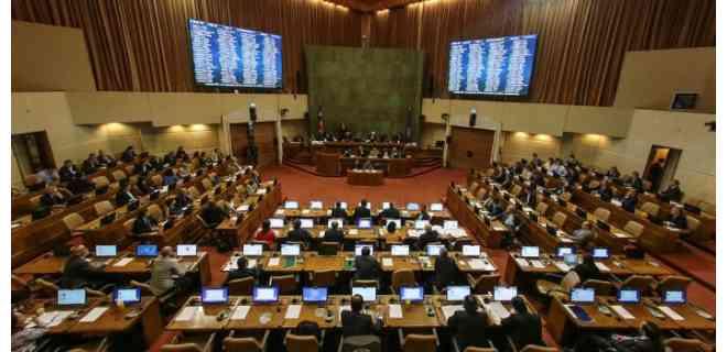 El Congreso de Chile aprueba ingreso de emergencia para la clase media