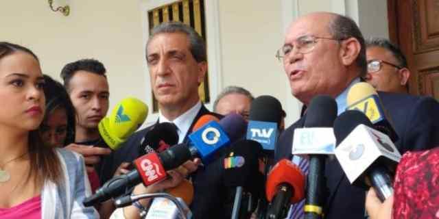 Fracción 16 de julio: A tres años del plebiscito, no podemos seguir desviándonos del mandato de los venezolanos