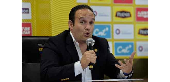 La Conmebol ratifica su confianza en Egas al mando del fútbol en Ecuador