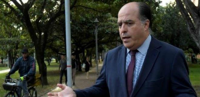 Julio Borges: 99% de los oficiales quieren un cambio político en el país