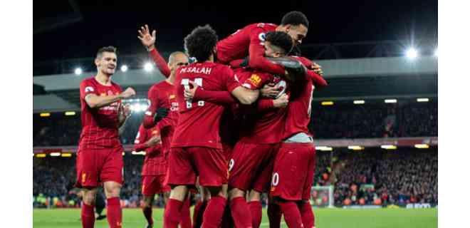 Liverpool levanta su primera Premier y festeja con goleada al Chelsea