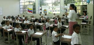 Maduro: Las clases se reiniciarán online en Septiembre