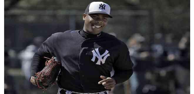 Los Yankees activaron al cubano Aroldis Chapman