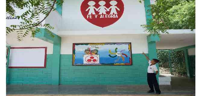 Crisis salarial puede dejar a colegios de Fe y Alegría sin educadores