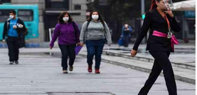 Chile anuncia que 8 territorios avanzarán en plan de desconfinamiento