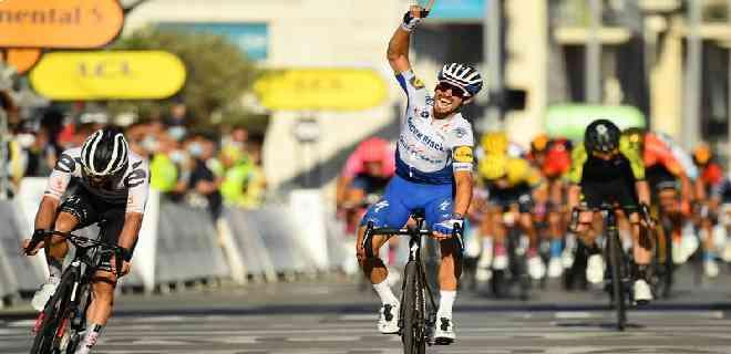 Alaphilippe gana segunda etapa y se enfunda el maillot de líder del Tour