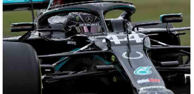 Hamilton fue el más veloz en las prácticas libres de Silverstone