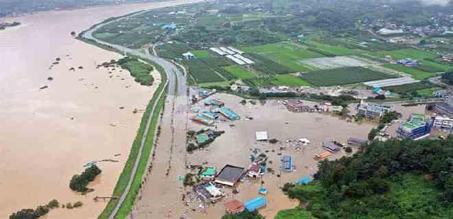 Ascienden a 21 los fallecidos en Corea del Sur por las lluvias torrenciales