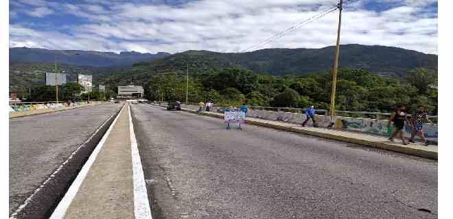 Fonhvim comenzó trabajos de rehabilitación del viaducto Miranda