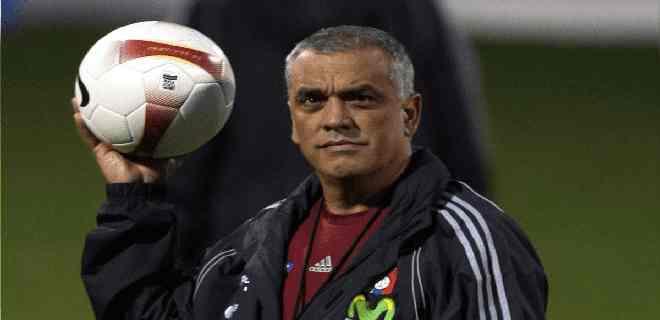 Richard Páez pidió a la FIFA intervenir la FVF