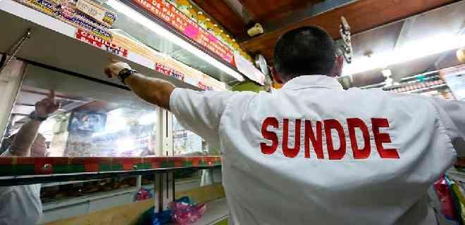 Sundde ajustó precios de alimentos en tres supermercados