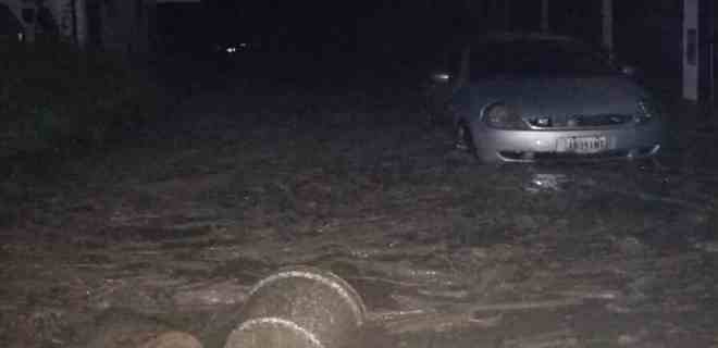 Aguacero causó estragos en el municipio Campo Elías