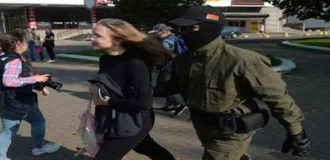 Comienzan arrestos en Minsk en marcha contra Lukashenko
