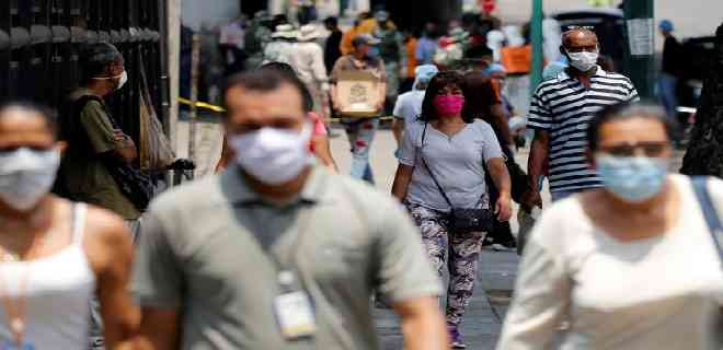 Maduro augura que este mes la curva de contagios de COVID-19 se aplanará