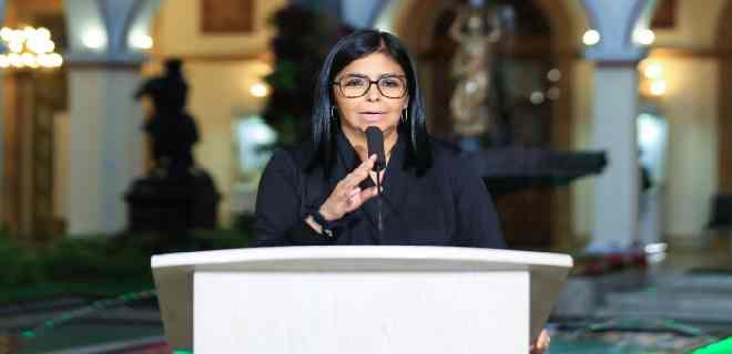 Delcy Rodríguez anunció 860 nuevos casos y cinco fallecidos por Covid-19