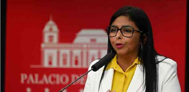 Delcy Rodríguez reporta 9 muertos y 868 nuevos casos por Covid-19
