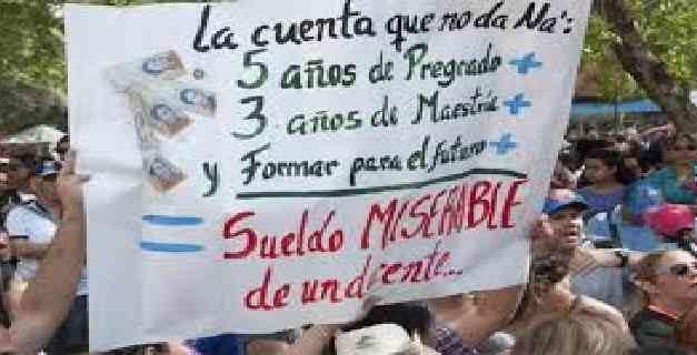 Estiman que Venezuela necesita 212 mil nuevos docentes