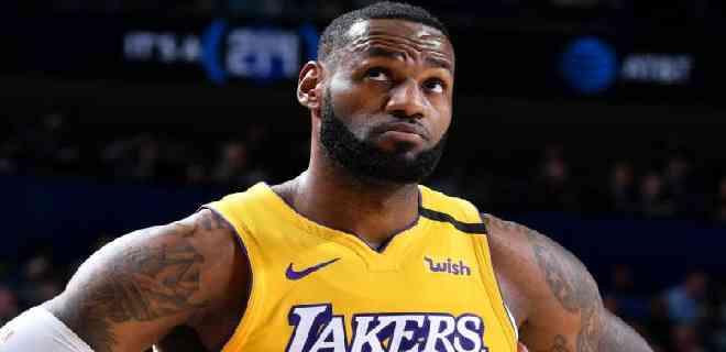 James estableció marca con la decimosexta selección a un equipo All-NBA