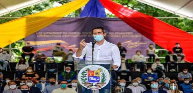 Guaidó plantea conformación de comandos por elecciones libres