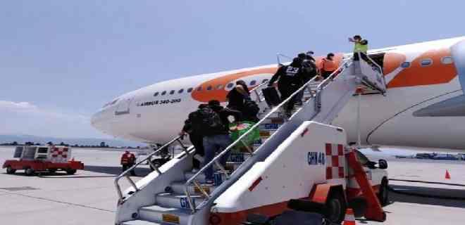 El régimen autorizó tres vuelos para venezolanos varados en Panamá este lunes