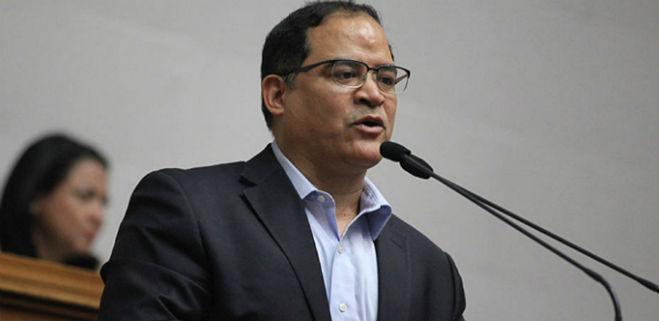 Valero: Las expropiaciones condenaron a los venezolanos a pasar hambre