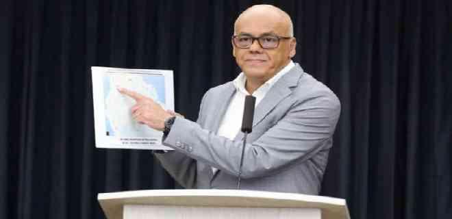 """Jorge Rodríguez acusó a la oposición de promover una """"invasión"""""""