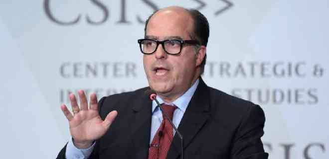 Julio Borges: Alertaré en la OEA sobre el peligro que representa Maduro en el poder
