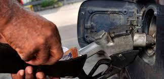 Gobierno anuncia suministro de gasolina por número de placa